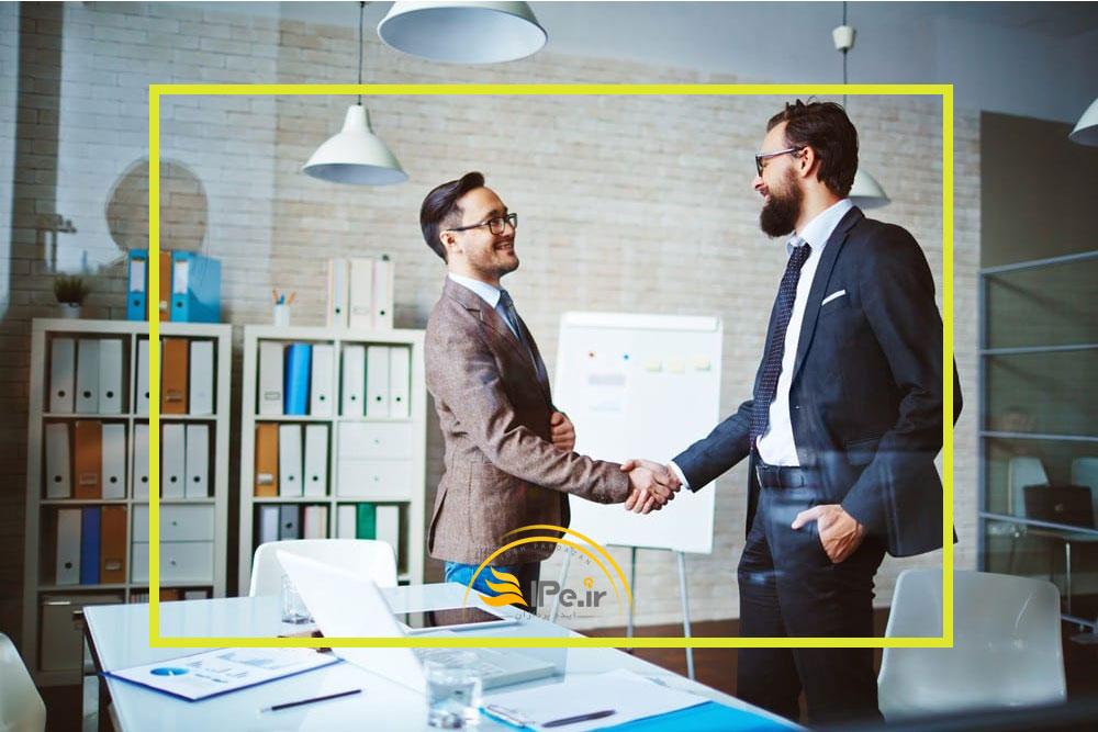 قانون سوم: درک کنید که با چه کسی در حال مذاکره هستید
